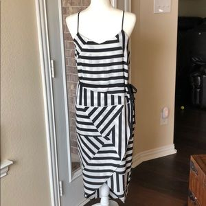 Felicity & Coco Striped Dress Black White